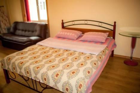 Сдается 1-комнатная квартира посуточно в Ангарске, Чайковского, 37.