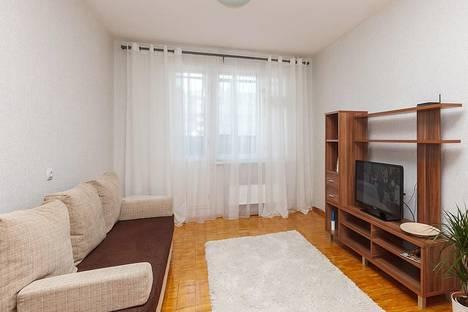 Сдается 2-комнатная квартира посуточно в Екатеринбурге, Родонитовая 2/2.