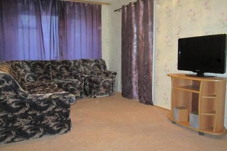 Сдается 3-комнатная квартира посуточно в Воронеже, матросова, 145б.