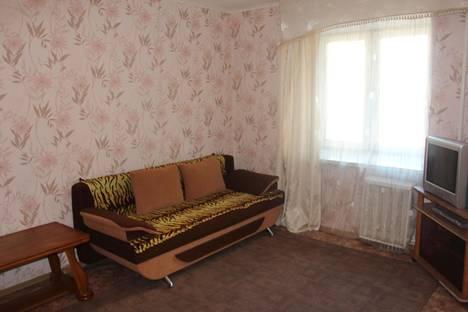 Сдается 1-комнатная квартира посуточно, Горького 64.