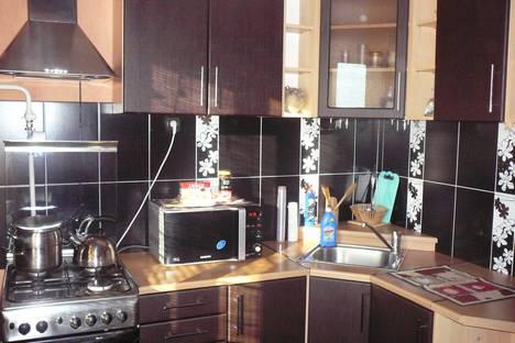 Сдается 1-комнатная квартира посуточно в Кургане, ул.Кирова 46.