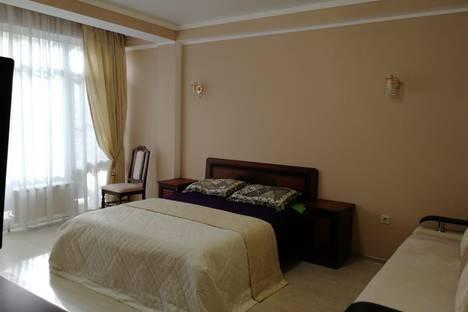 Сдается 2-комнатная квартира посуточно в Адлере, Сочи,улица Просвещения, 118/2.