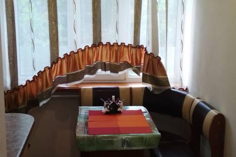 Сдается 2-комнатная квартира посуточно в Евпатории, Советская, 14.