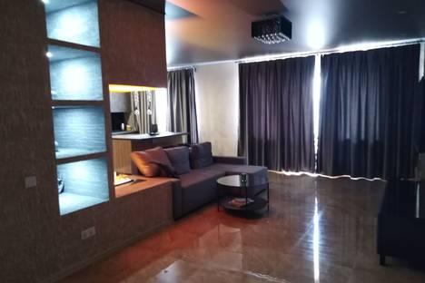 Сдается 3-комнатная квартира посуточно в Белокурихе, Советская улица, 9.