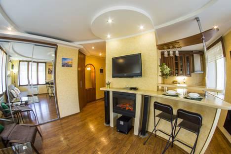 Сдается 1-комнатная квартира посуточно в Омске, улица Лермонтова, 4А.