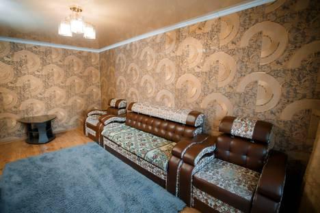 Сдается 2-комнатная квартира посуточно в Караганде, проспект Нуркена Абдирова, 25.
