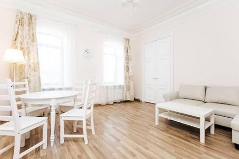 Сдается 2-комнатная квартира посуточно в Нижнем Новгороде, Рождественская улица, 12/5.