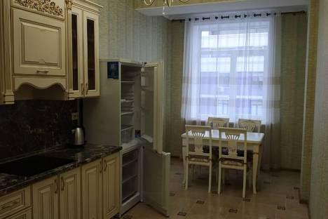 Сдается 2-комнатная квартира посуточно в Махачкале, Республика Дагестан,проспект Петра I, 43Б.