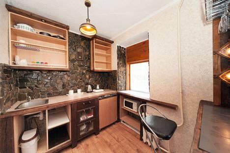 Сдается 1-комнатная квартира посуточно в Томске, улица Пирогова, 7.