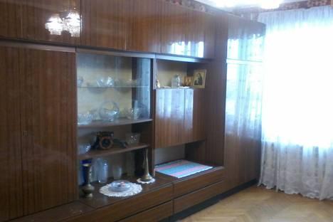 Сдается 1-комнатная квартира посуточно в Ялте, Республика Крым,улица Карла Маркса, 15.