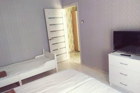 Сдается комната посуточно в Апрелевке, Московская область, Наро-Фоминский городской округ,Августовская улица, 34.