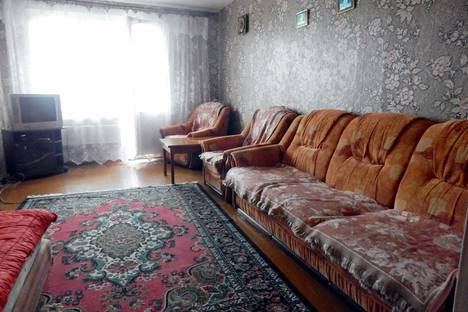 Сдается 2-комнатная квартира посуточно в Климовичах, Могилевская область, Климовичский район,улица Ленина, 111.