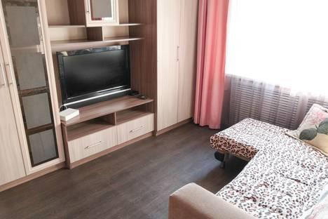 Сдается 2-комнатная квартира посуточно в Кургане, Пролетарская улица, 78.