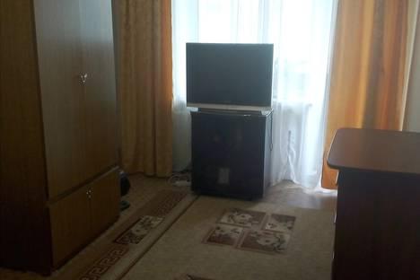 Сдается 1-комнатная квартира посуточно в Сатке, Челябинская область,Солнечная 15 улица.