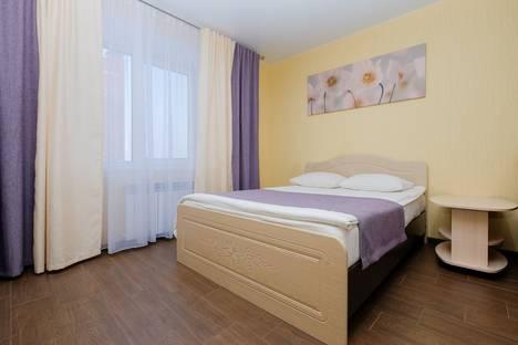 Сдается 1-комнатная квартира посуточно, улица Савиных, 4А.