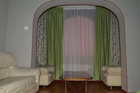 Сдается 2-комнатная квартира посуточно в Бишкеке, улица Чуйкова, 21.