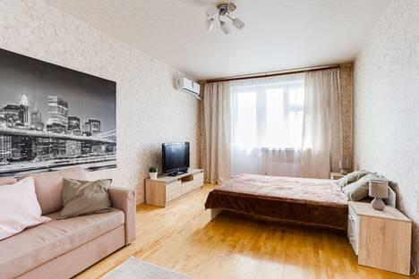 Сдается 1-комнатная квартира посуточно, Международная улица, 34.