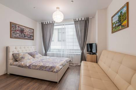 Сдается 1-комнатная квартира посуточно в Екатеринбурге, Свердловская область,улица Малышева, 42А.