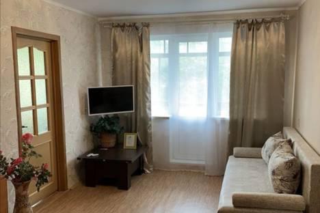 Сдается 3-комнатная квартира посуточно в Магнитогорске, проспект Карла Маркса, 14.