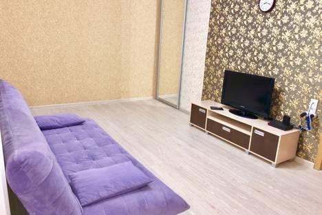 Сдается 2-комнатная квартира посуточно в Барнауле, Социалистический проспект, 118.