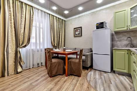 Сдается 2-комнатная квартира посуточно, Кореновская улица, 57к2.