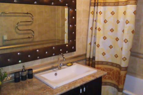 Сдается 1-комнатная квартира посуточно в Талдыкоргане, Алматинская область, Талдыкорган.