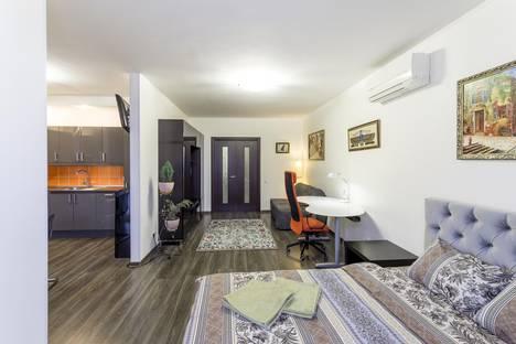 Сдается 1-комнатная квартира посуточно, улица Бажова, 68.