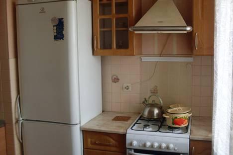 Сдается 1-комнатная квартира посуточно, улица Академика Петрова, 16.