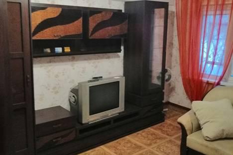 Сдается 2-комнатная квартира посуточно в Челябинске, улица Вагнера, 81.