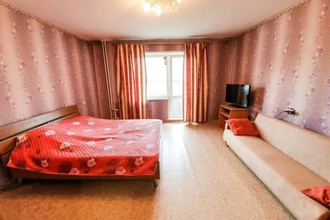 Сдается 2-комнатная квартира посуточно в Белове, 3-й микрорайон, 97.