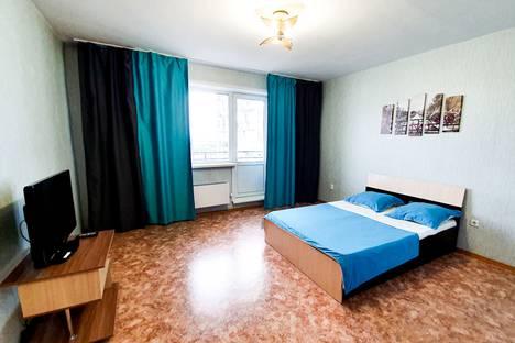 Сдается 1-комнатная квартира посуточно в Белове, Сосновый квартал, 3.