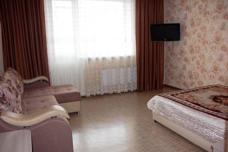 Сдается 1-комнатная квартира посуточно, улица Ленинского Комсомола, 16.