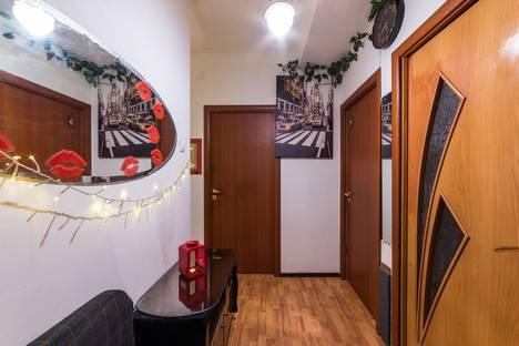 Сдается комната посуточно в Санкт-Петербурге, Фарфоровская улица, 18, подъезд 3.