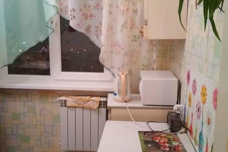 Сдается 2-комнатная квартира посуточно в Кировске, Мурманская область,улица 50 лет Октября, 35, подъезд 3.