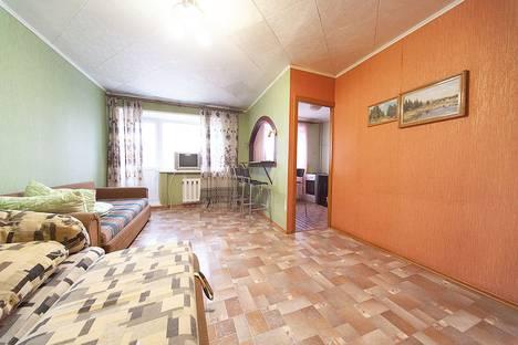 Сдается 1-комнатная квартира посуточно, улица Елизаровых, 39.