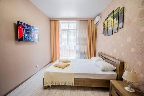 Сдается 1-комнатная квартира посуточно, Крымская улица, 22к18.
