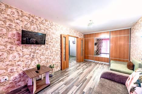 Сдается 1-комнатная квартира посуточно в Новокузнецке, Кемеровская область,проспект Строителей, 90.