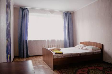 Сдается 1-комнатная квартира посуточно, Ленинградская улица, 53.