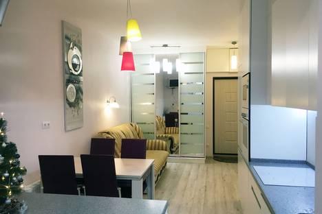 Сдается 3-комнатная квартира посуточно, Республика Крым,Парковый проезд, 9.