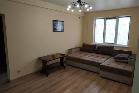 Сдается 3-комнатная квартира посуточно в Махачкале, улица Ирчи Казака, 18Д.