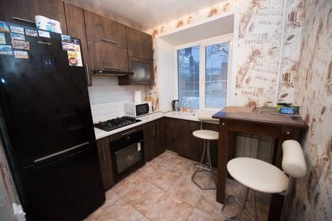 Сдается 2-комнатная квартира посуточно, Шереметевский проспект, 82А.