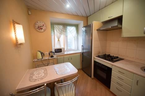 Сдается 2-комнатная квартира посуточно в Иванове, улица Генкиной, 33.
