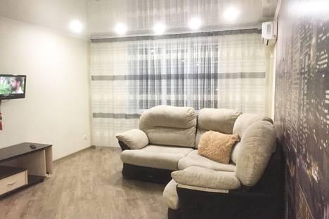 Сдается 2-комнатная квартира посуточно, улица Ломоносова, 29.