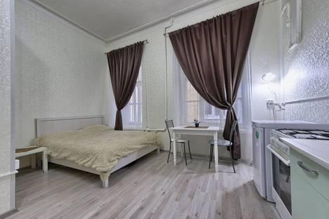 Сдается 1-комнатная квартира посуточно, Пушкинская улица, 9.