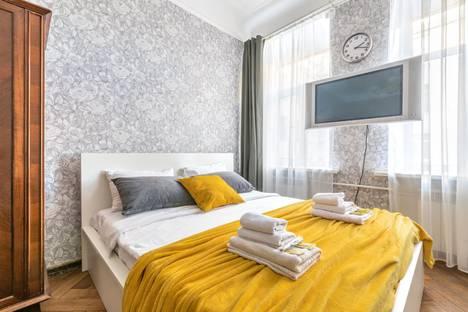 Сдается 3-комнатная квартира посуточно, Лиговский проспект, 44.