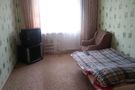 Сдается 3-комнатная квартира посуточно, микрорайон имени К.А. Аверьянова, 19.