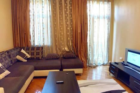 Сдается 3-комнатная квартира посуточно, улица Самеда Вургуна, 9.