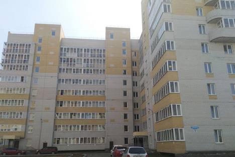 Сдается 1-комнатная квартира посуточно в Омске, Архпископа Сильвестра 1.