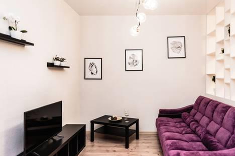 Сдается 1-комнатная квартира посуточно в Екатеринбурге, Свердловская область,улица Шейнкмана, 75.