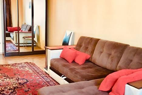 Сдается 2-комнатная квартира посуточно в Краснодаре, улица Селезнева, 88/1.